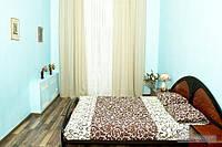 Квартира возле метро Крещатик, 2х-комнатная (18805)