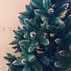 """Искусственная елка 2 м. """"Элитная с шишками"""" заснеженная с белыми кончиками и с подставкой, фото 6"""