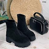 Женские ботинки ДЕМИ черные спереди молния натуральная замша, фото 2