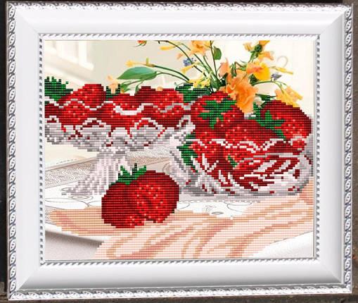 """Рисунок на ткани для вышивания бисером """"В хрустале. Клубника"""", фото 2"""