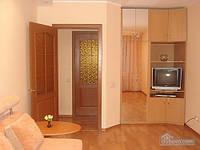 Уютная комфортабельная квартира с евроремонтом, 2х-комнатная (14748)
