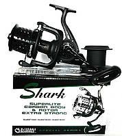 Серфовая катушка Shark Surf 8000 с перфорированной шпулей
