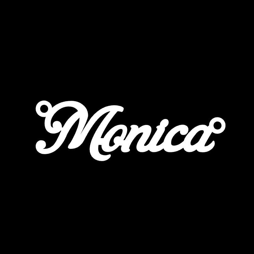 Срібне кольє з ім'ям Monica