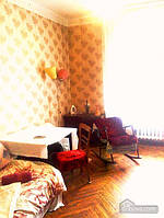 Комната возле метро Шулявская, 2х-комнатная (51621)