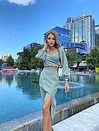 Стильний жіночий костюм двійка (спідниця міді з розрізом і топ з довгим рукавом на резинці), фото 4