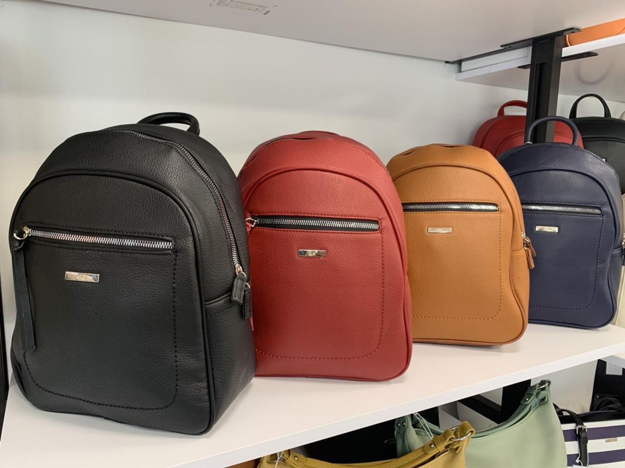 Рюкзак жіночий стильний міський штучна шкіра в різних кольорах Panda