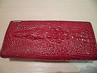 Кошелек женский Крокодил  кожаный, Красный
