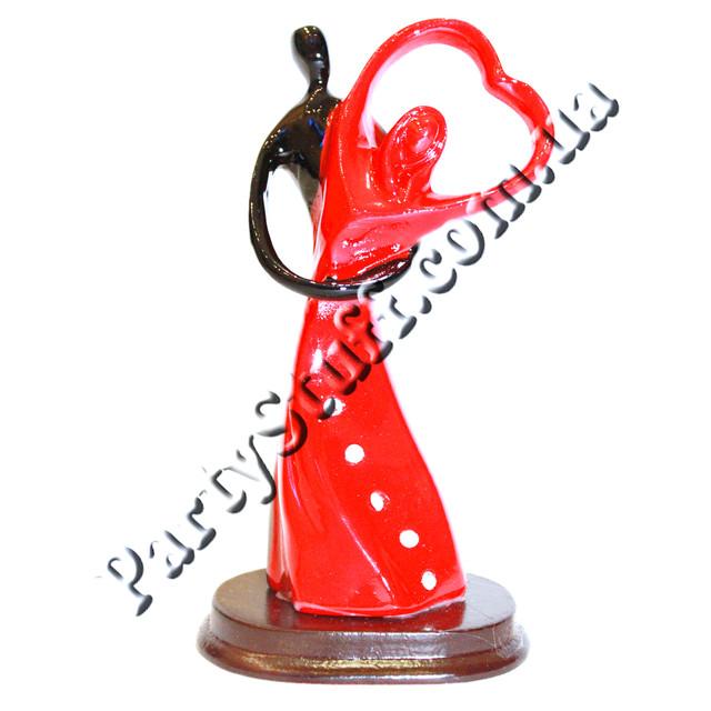 подарочная декоративная статуэтка танцующая пара