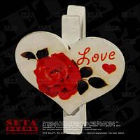 Декоративная прищепка Сердечко с розой  4 х 5 см