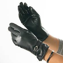 Женские перчатки из экокожи на плюше с пряжкой (арт. 19-23-1/2) S