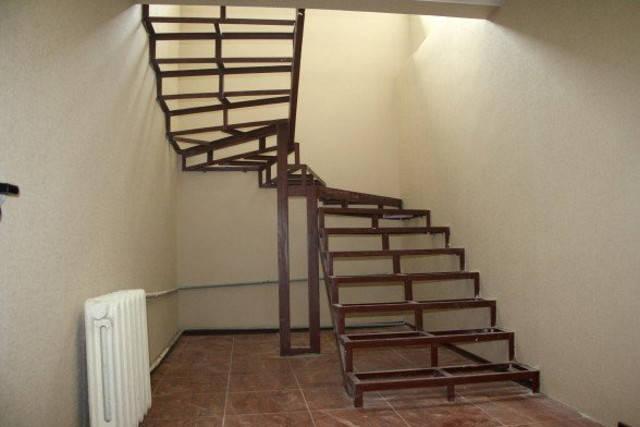 Металлические лестницы для дома, фото 2