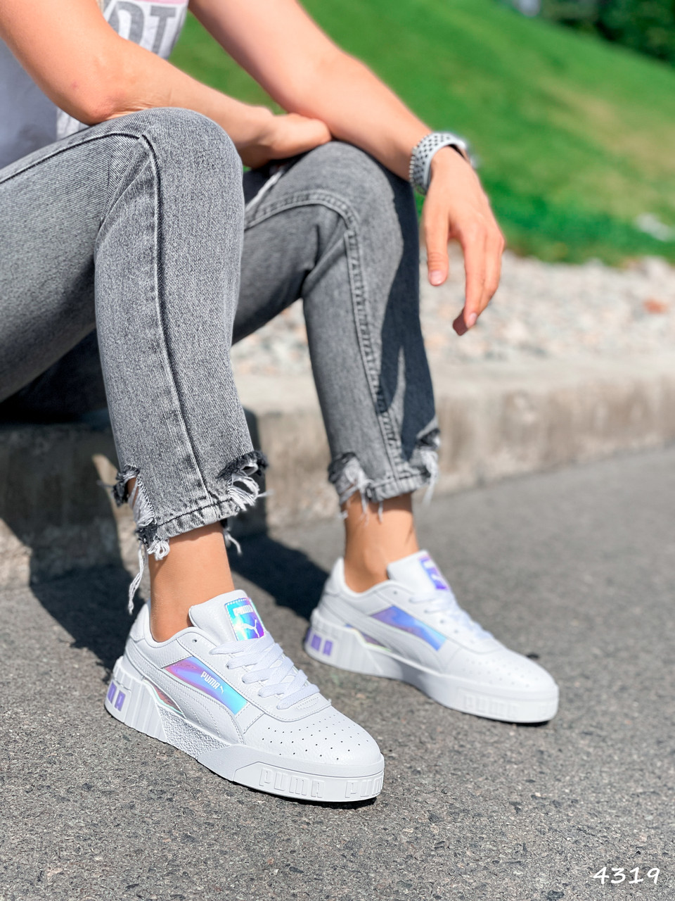 Кроссовки женские в стиле Puma белые + голография 4319