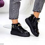 Женские кроссовки- хайтопы ДЕМИ черные на платформе эко лак, фото 2