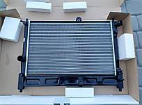 Радіатор охолодження без кондиціонера LUZAR LRC0563b DAEWOO LANOS паянный
