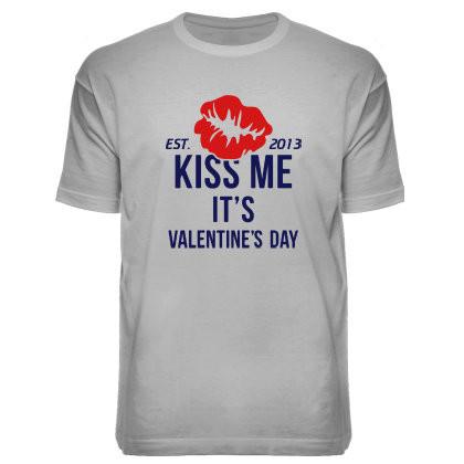 """Футболка """"KISS ME"""""""