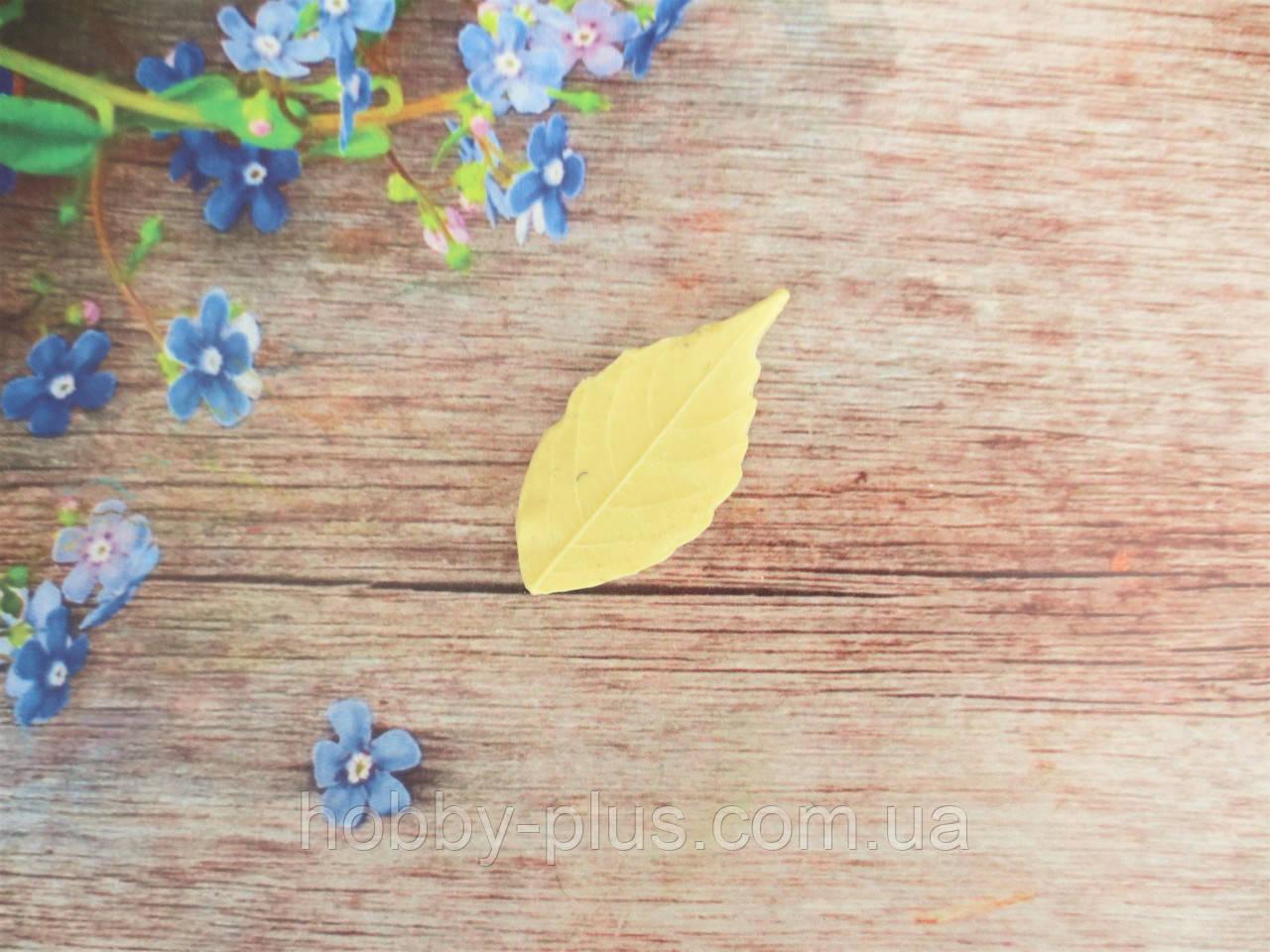"""Молд """"Лист девичего винограду"""" (р-р 5х2,3 см)"""
