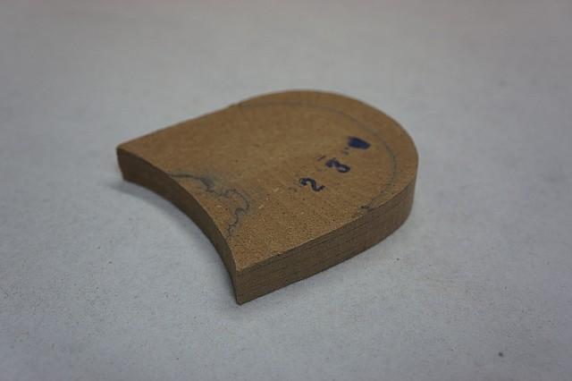 Каблук деревянный (мазанит) без набойки (высота-18мм) р.44-45