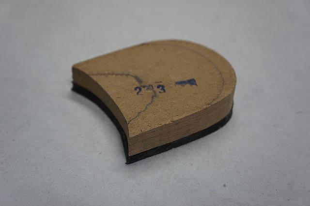 Каблук деревянный (мазанит) с набойкой (черн) (высота-18мм) р.42-43, фото 2