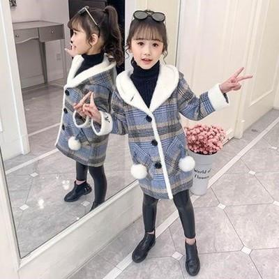Детское  пальто для девочки в клеточку Сусанна