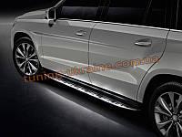 Пороги боковые с подсветкой оригинал на Mercedes-Benz GL 2012+