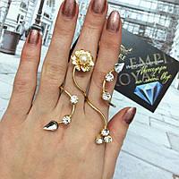 """Большое кольцо """"Мира"""" на два пальца, размер регулируется."""