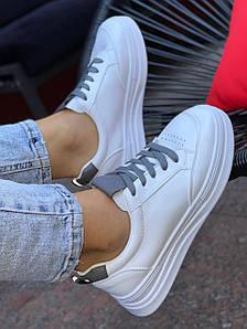 Кросівки жіночі 8 пар в ящику білого кольору 36-41