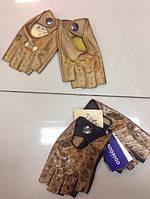 Стильные женские перчатки в ассортименте