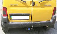 Фаркоп Peugeot Patner / Пежо Партнер 1996-2008 (Сварной шар)