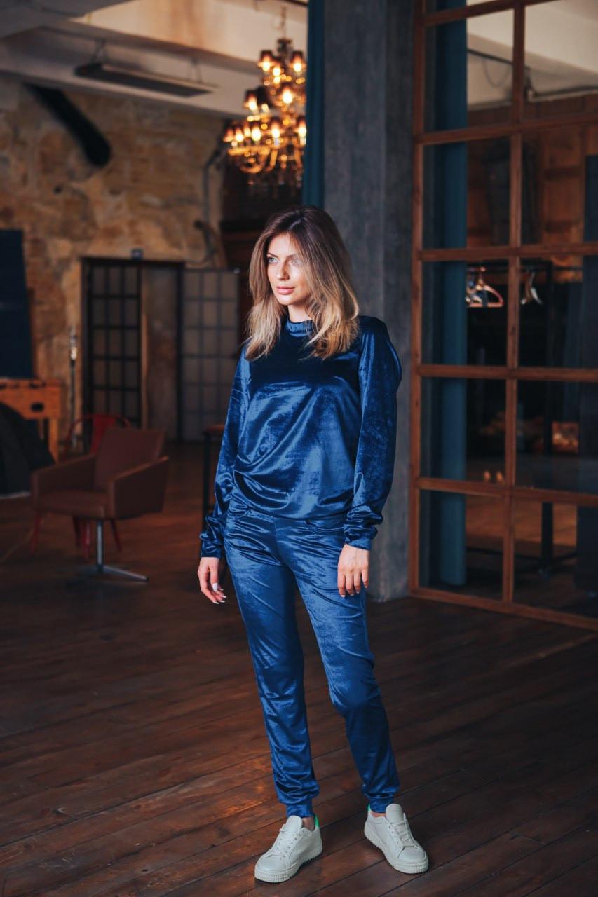 Жіночий вельветовий костюм синій