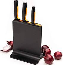 Набор кухонных ножей Fiskars Functional Form из 4 предметов (1057555 ) с пластиковой подставкой