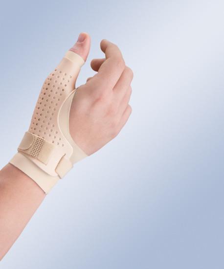 Пластиковый ортез большого пальца кисти из дышащего материала с фиксацией