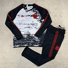 Мужской тренировочный костюм 20-21 Бавария Мюнхен черный/полосатый