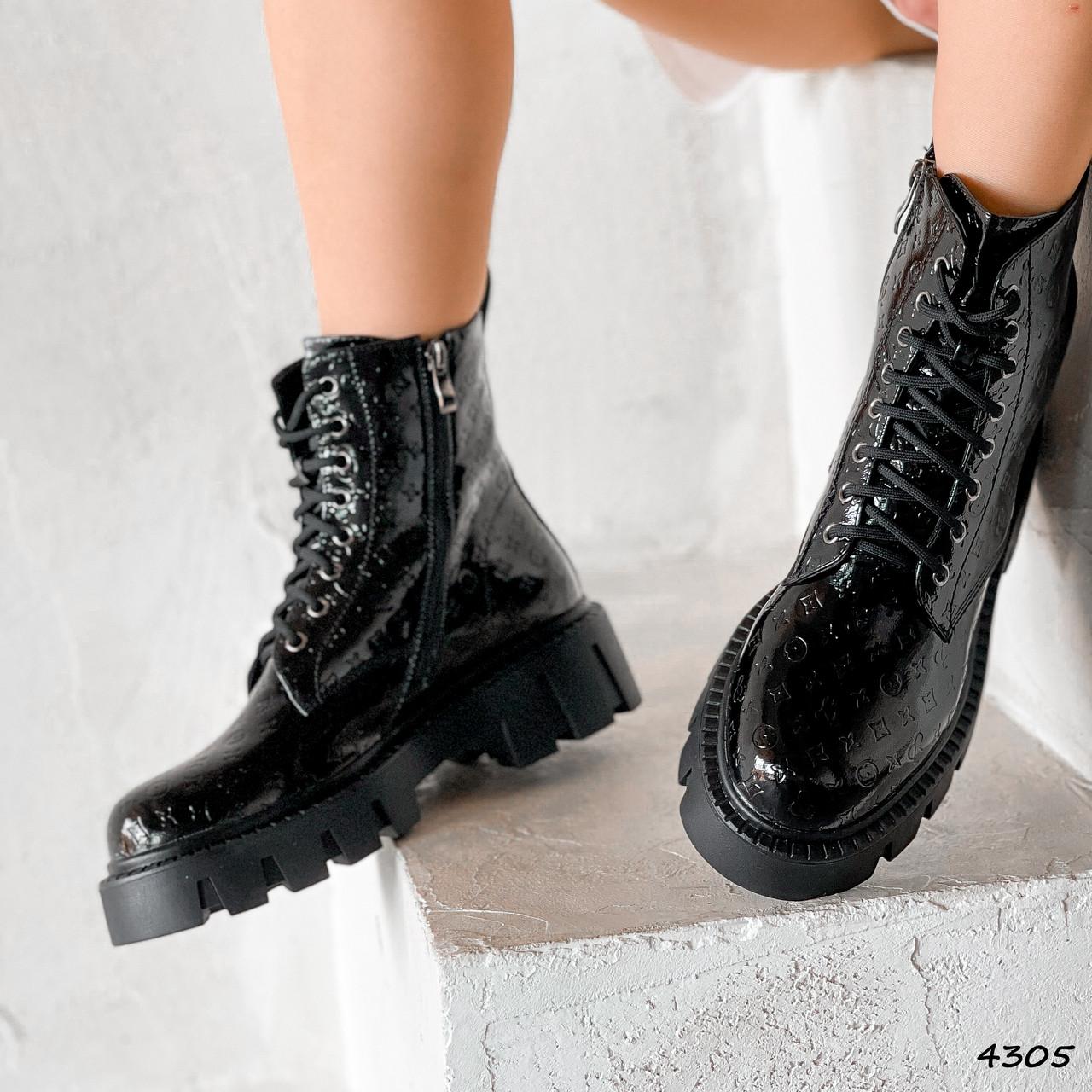 Ботинки женские Louis черные 4305 лак ДЕМИ