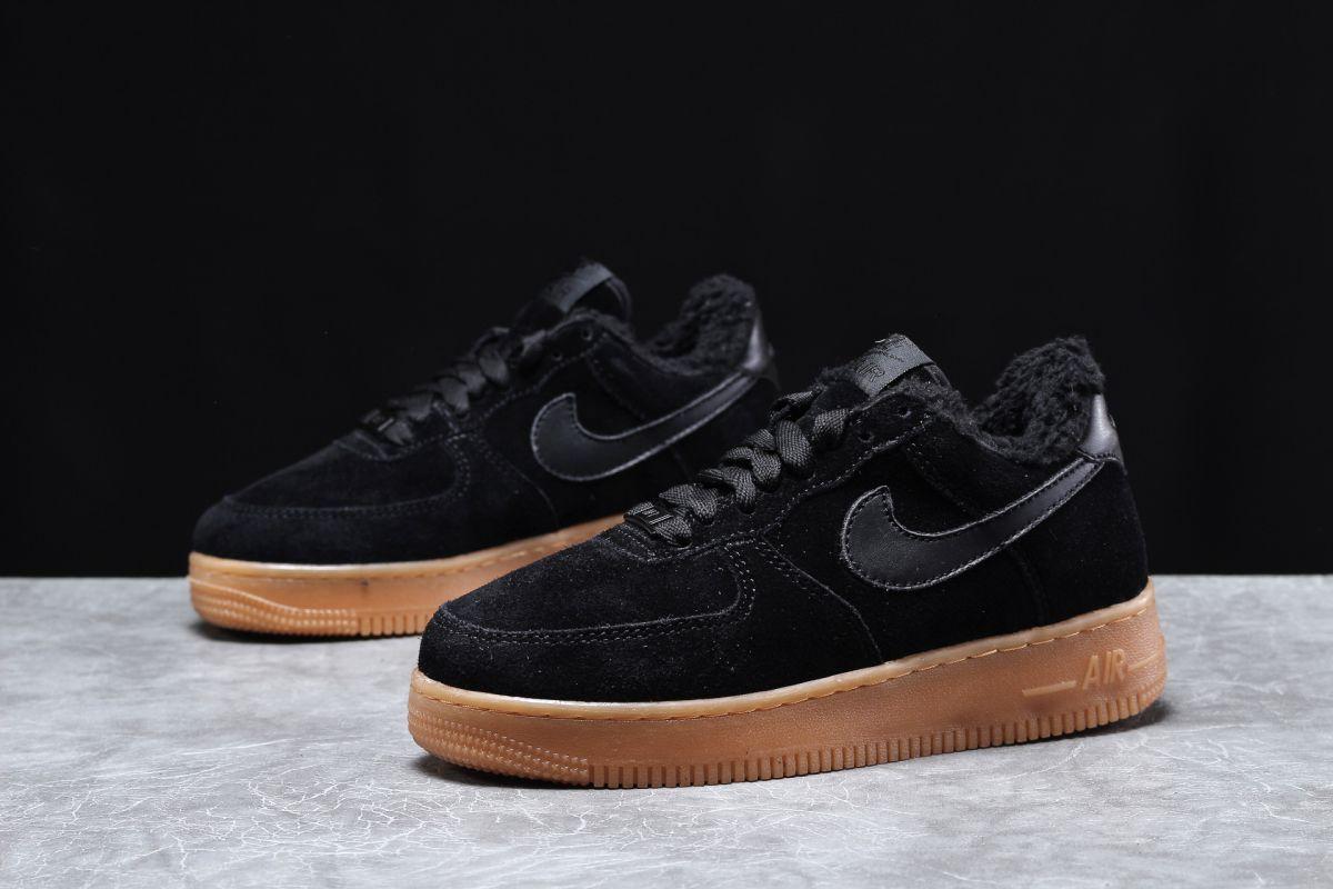 Зимові жіночі кросівки 31741, Nike Air AF1 (хутро), чорні [ 38,5 ] р.(36-23,0 см)