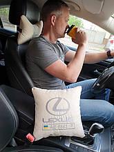 Автомобільна подушка з вишивкою логотипу авто і держ. номери