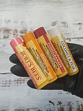 Бальзам для губ Burt's Bees 100 % натуральный, американский. Пчелы Берта из США. В ассортименте.