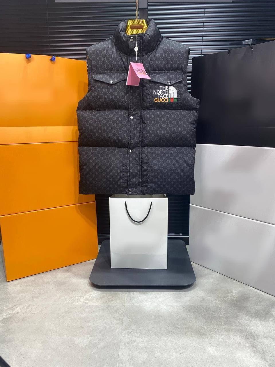 Жилетка - чоловіча жилетка чорна / мужская жилетка коллаборация ТНФ Gucci