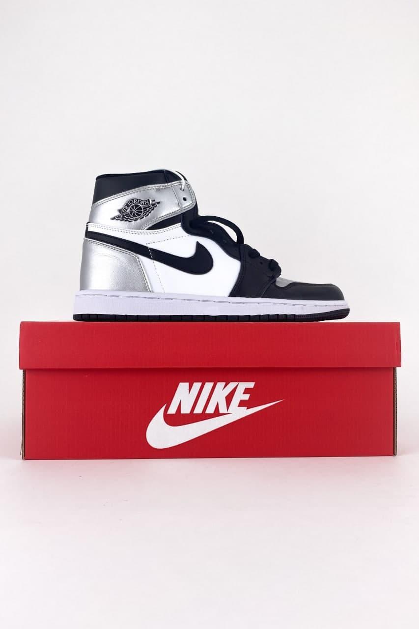 Жіночі кросівки Nike Air Jordan 1 Retro High Silver Toe (Срібло) C-3527 високі сріблясті кроси