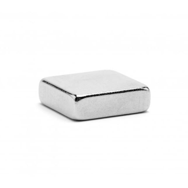 Неодимовый магнит 6x6x2 мм, прямоугольный (сила ~ 0.87 кг)