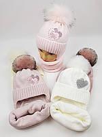 Дитячі польські зимові в'язані шапки на флісі з завязками і помпоном оптом для дівчат, р.48-50, Ambra, фото 1