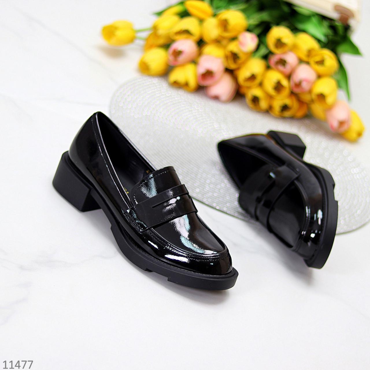 Повсякденні лакові глянцеві чорні жіночі туфлі лофери низький хід