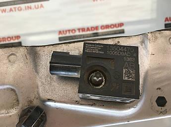Датчик подушки безпеки Cadillac ATS 13 - 13504470