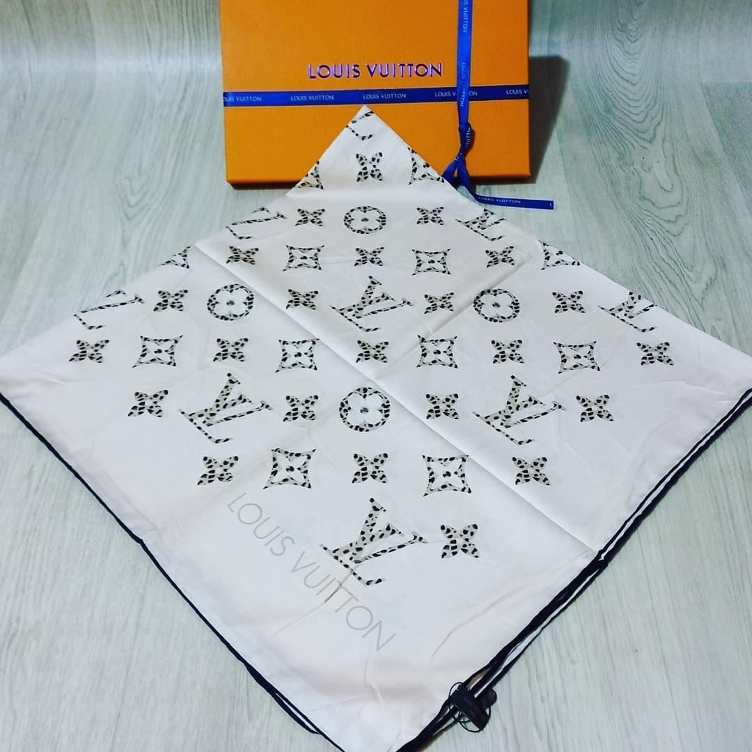 Шовкова хустка жіночий бренд Louis Vuitton