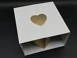 Коробка подарочная розкладная. Цвет белый. 23х22х13см