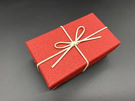 Коробка подарочная, прямоугольная. Цвет красный. 9х15х6см.