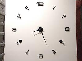 Часы настенные большые. Черные.