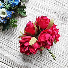 Розы из ткани цвет алый диаметр 4 см - (упаковка 6 шт.)