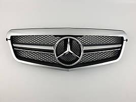 Решітка радіатора на Mercedes E-Class W212 2009-2013 рік AMG стиль ( Сіра з чорними вставками )