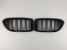 Ніздрі на BMW 5 Series G30 / G31 / F90 2017-2020 рік Чорні Глянсові ( Подвійні M-Look )
