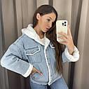 Женская джинсовая курточка на меху, джинсовка на меху, ветровка женская с капюшоном, фото 5